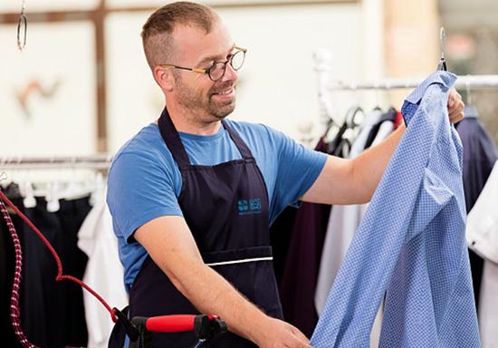 洗衣经营,贵在坚持——汪先生店铺运营技巧